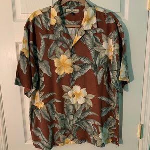 Tommy Bahama size L shirt